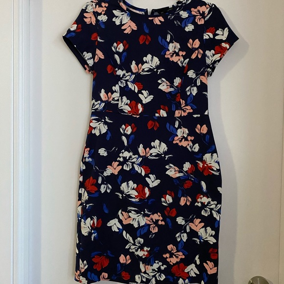 Banana Republic Dresses & Skirts - Perfect summer Dress!